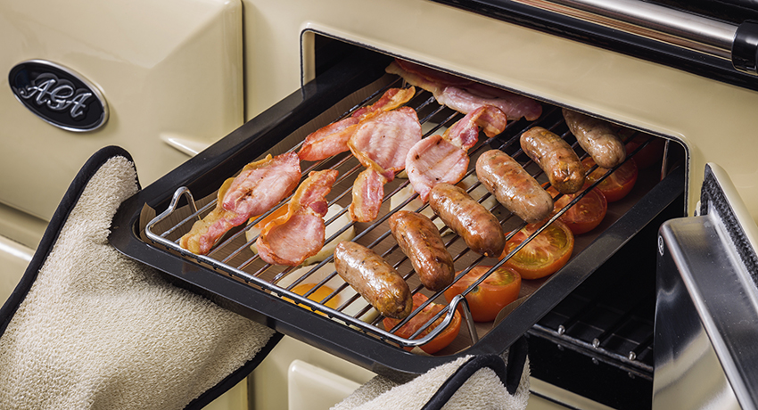 Cook a full breakfast on an AGA