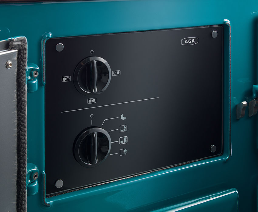 Control panel on the AGA R7 Series model