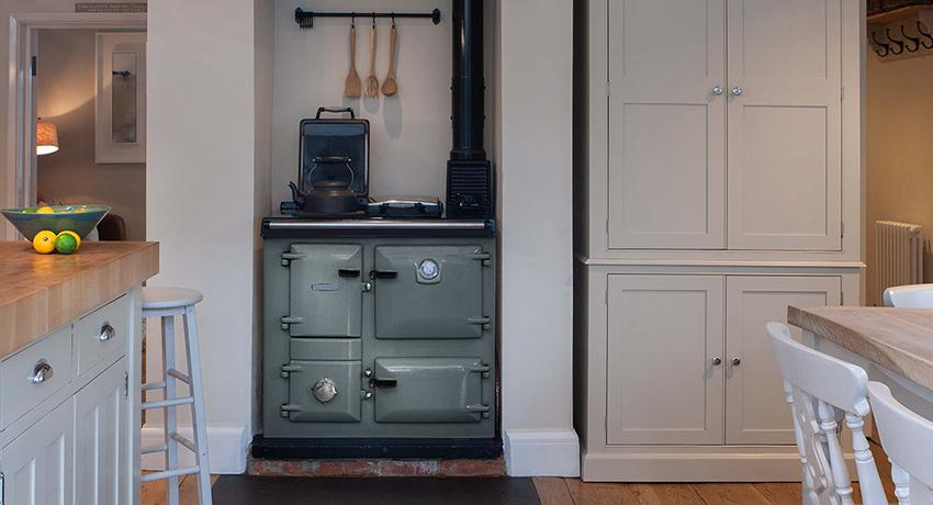 Gorgeous Rayburn in Slate