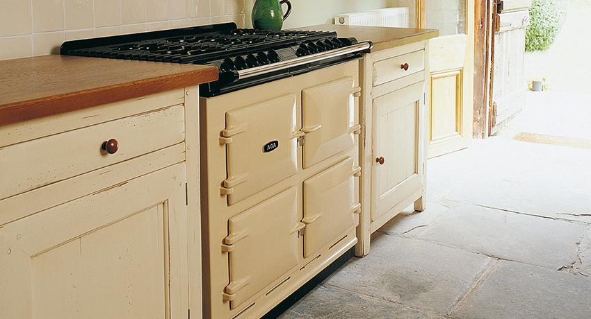 AGA 6:4 in Cream
