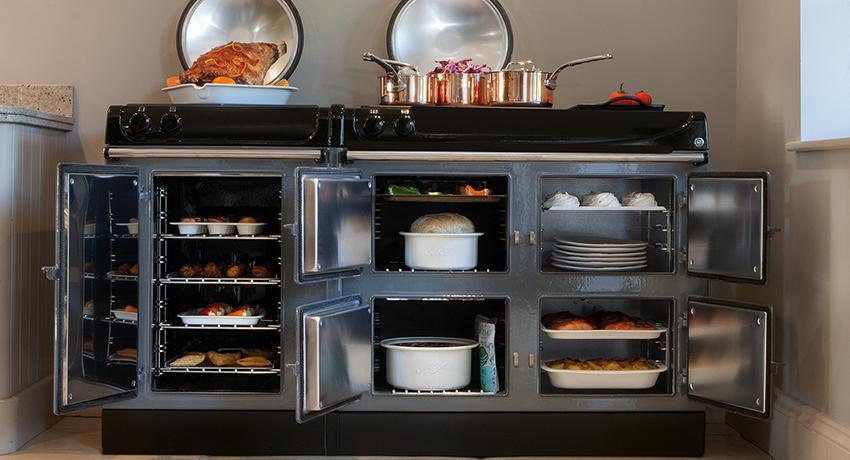 AGA eR3 Series in Slate with open ovens
