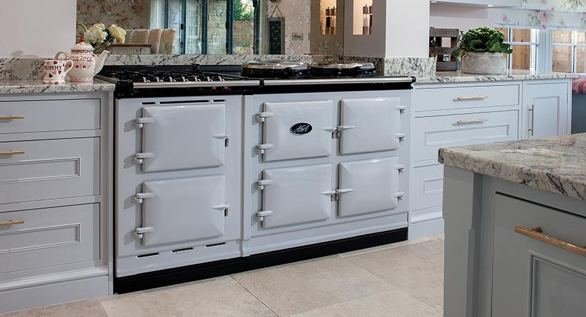 AGA Dual Control in Pearl Ashes with mirrored splashback
