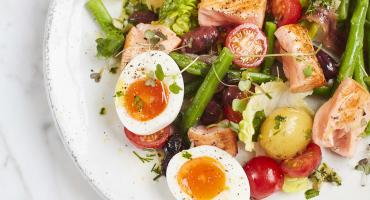 Seared Salmon Niçoise Salad
