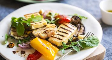 Halloumi and Chargrilled Pepper Summer Salad