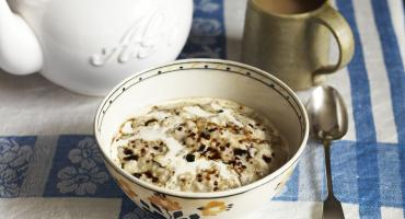 Overnight Rayburn Porridge