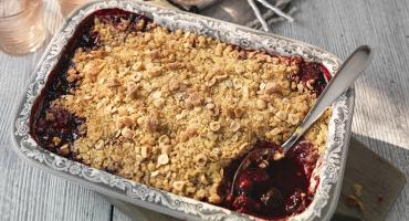 Fruit crumble dessert