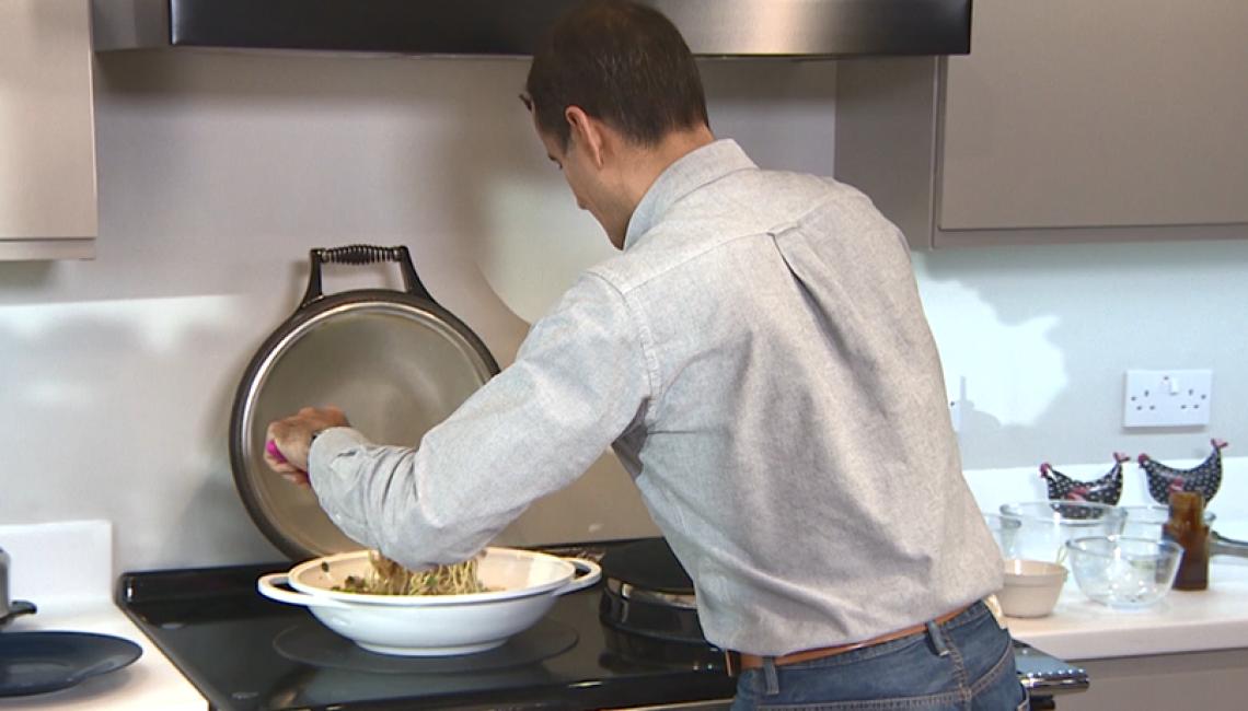 Making stir frys on an AGA