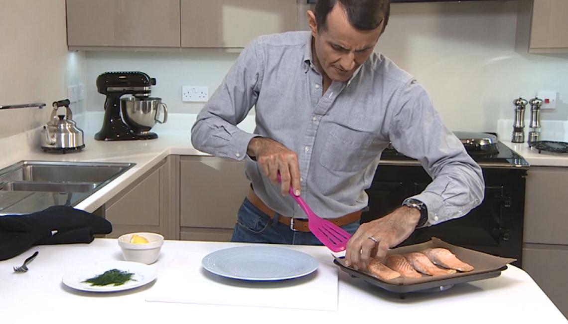 Grilling salmon in the AGA