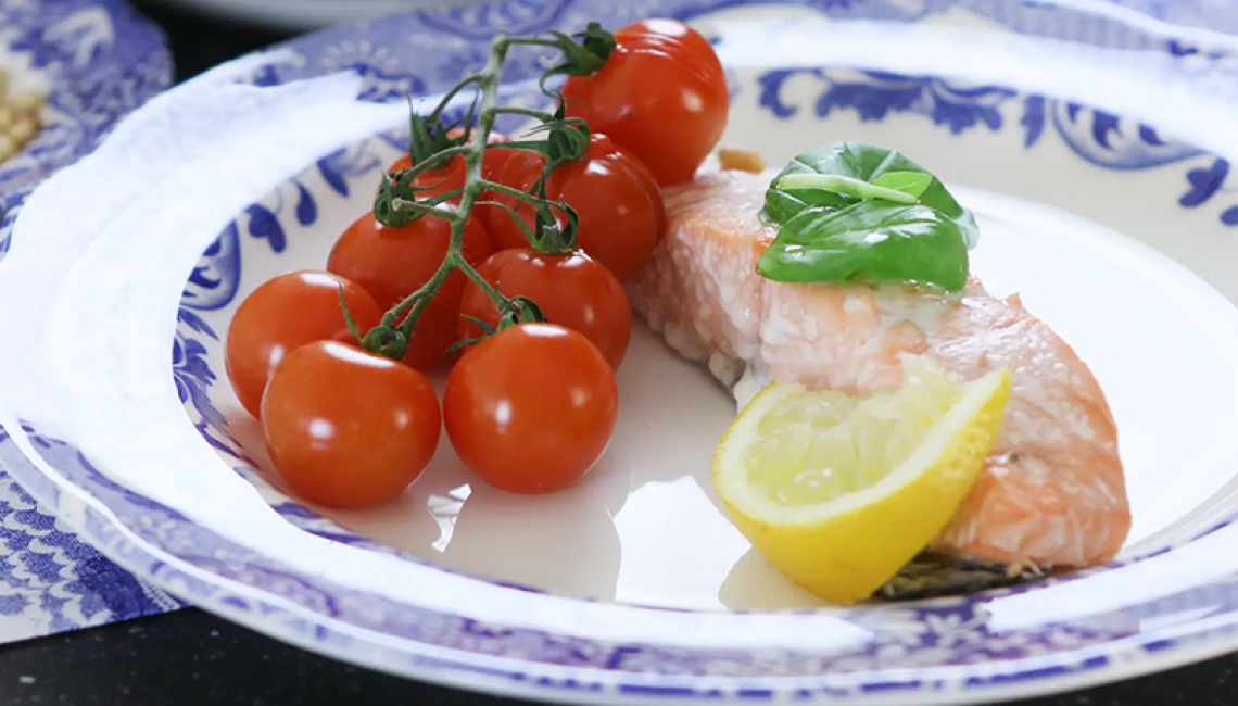 Grilled salmon and vine tomatoes