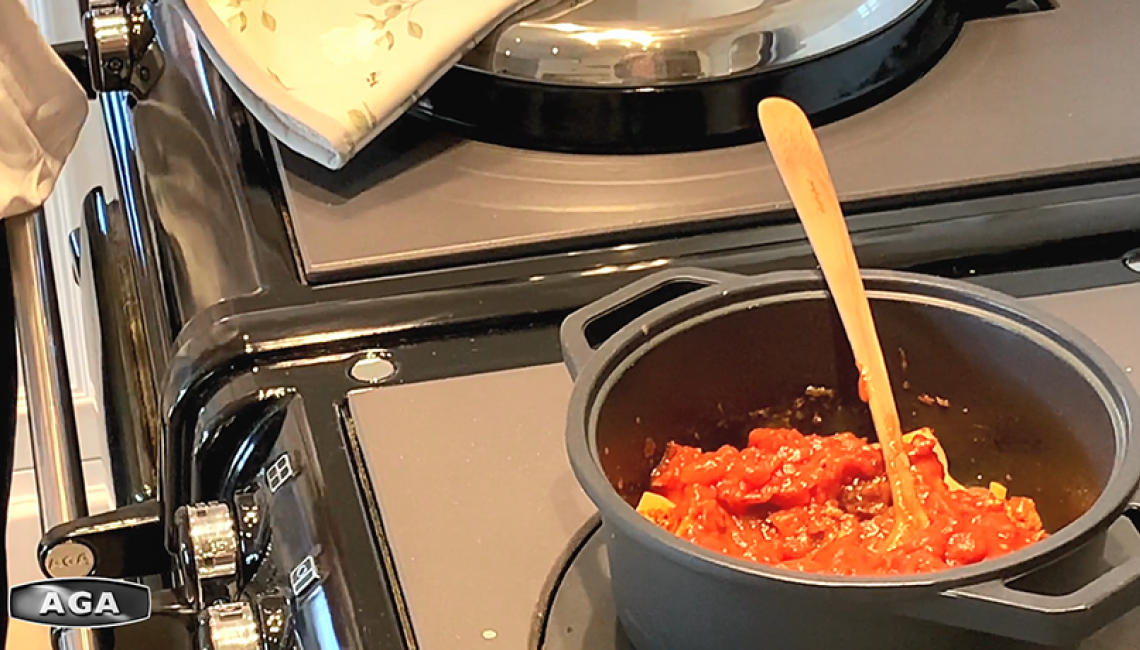 Cooking vegetarian chilli on the AGA hotplate