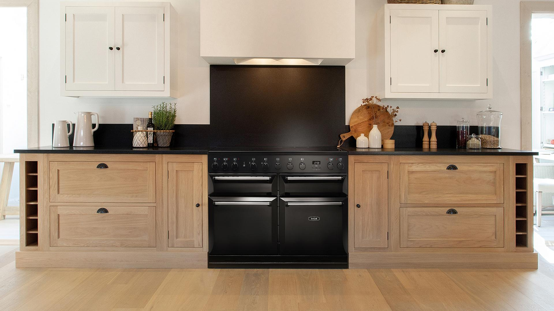 AGA Masterchef Deluxe 110 Induction in Black