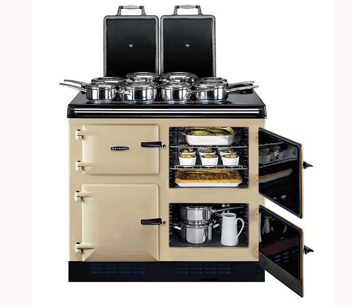 The Rayburn 600 Series offers high oven capacity