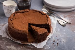 Gorgeous Flourless Chocolate Cake