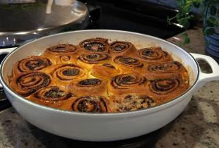 Cinnamon Rolls in AGA Cast-Iron Casserole